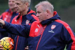 Cựu trợ lý của HLV Arsene Wenger dẫn dắt CLB TP.HCM?