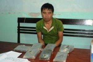 Bắt nhóm đối tượng tàng trữ bảy bánh heroin