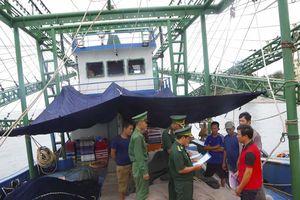 Tích cực tuyên truyền cho ngư dân không vi phạm pháp luật trên biển