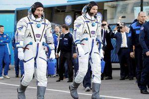 Tên lửa hỏng, tàu vũ trụ Nga chở 2 phi hành gia phải hạ cánh khẩn cấp