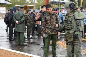 Nga triển khai công binh giúp đỡ Lào rà phá bom mìn Mỹ