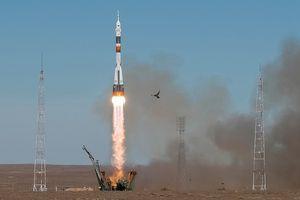 Phi hành đoàn may mắn sống sót sau khi tàu vũ trụ Nga gặp sự cố