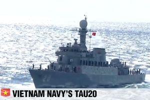 Việt Nam nhận tàu săn ngầm tại lễ duyệt binh ở Hàn Quốc