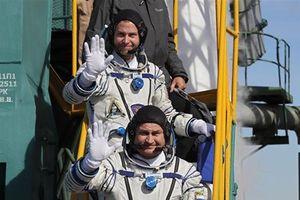 Tàu vũ trụ Nga phải hạ cánh khẩn, phi hành gia thoát chết