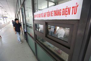 Cận cảnh hành trình đi buýt nhanh BRT bằng vé điện tử