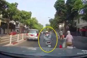 Clip: 'Thót tim' với cú va chạm của ôtô và 'Ninja đường phố'