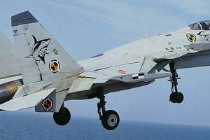 J-15 nhái động cơ khiến tàu sân bay Trung Quốc thiếu máy bay