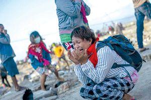 Tổn thất quá lớn, Indonesia phải chấp nhận viện trợ nước ngoài