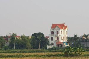 Hà Nội: Tiếp vụ ông thương binh đòi đất, lộ diện tòa biệt thự mọc 'nhầm' chỗ