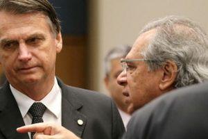 Brazil điều tra cố vấn kinh tế của ứng cử viên tổng thống Jair Bolsona