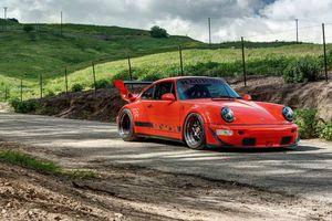Chiêm ngưỡng chiếc Porsche 911 cổ điển độ phong cách xe đua RWB