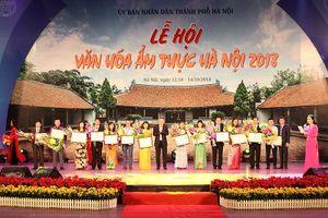 Hàng nghìn người tham dự Lễ hội văn hóa Ẩm thực Hà Nội