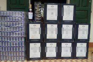 Bỏ hàng chục chai rượu Macallan, 5 người trốn vào rừng