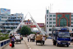 Xung đột thương mại Mỹ - Trung, hàng Trung Quốc ồ ạt vào Việt Nam