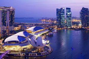 Singapore thắt chặt chính sách tiền tệ