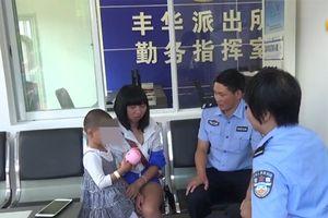 Tá hỏa khi nhìn thấy diện mạo của con mình sau khi bị bắt cóc 9 tiếng
