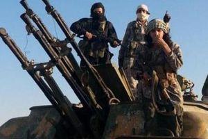 IS 'giãy chết' bất ngờ tấn công dữ dội quân đội Syria