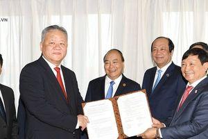 Thủ tướng chứng kiến thỏa thuận hợp tác về hạ tầng đầu tiên của Việt Nam tại Indonesia