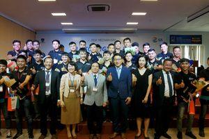 Doanh nghiệp Hàn Quốc tài trợ đào tạo chuyên sâu về động cơ ô tô