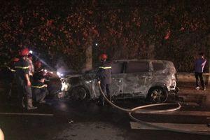 Mới bị đổ sơn lên đầu, nữ giám đốc ở Khánh Hòa lại bị đốt ô tô
