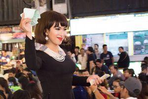 Lộ Lộ cố gắng gây dựng gánh hát lô tô Sài Gòn Tân Thời