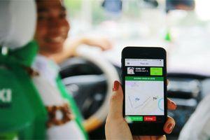Grab sắp phải hoạt động như taxi truyền thống: Gắn 'mào', in hóa đơn cho khách?