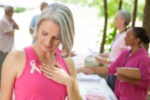 Nhận định 'hoang đường' về bệnh ung thư vú