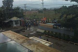 Đà Nẵng: Người dân lại 'vây' nhà máy thép Dana Ý