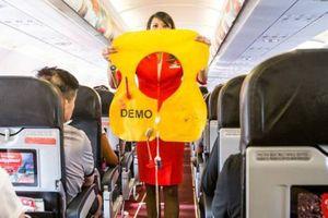 Lấy túi nôn trên máy bay cũng là ăn cắp?