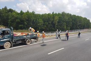 Bàn giải pháp khắc phục hư hỏng trên tuyến cao tốc Đà Nẵng - Quảng Ngãi