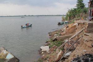 Người cồn lở khi những cù lao biến mất ở Cửu Long