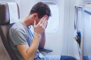 Đối phó tác dụng phụ khi đi máy bay