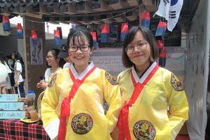 Kết nối sinh viên Việt trong lễ hội Hàn