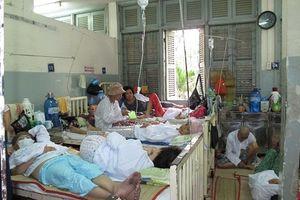 Quá tải gia tăng tại các bệnh viện TP HCM