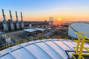Iraq muốn tăng sản lượng dầu lên 5 triệu thùng/ngày