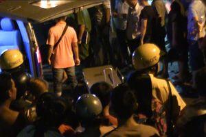 TP.HCM: Nam thanh niên bị đâm tử vong khi lái xe trên đường