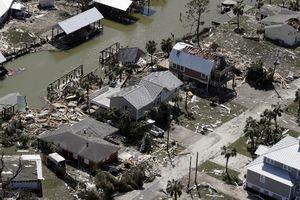 Dự báo số người chết do siêu bão Michael còn tăng