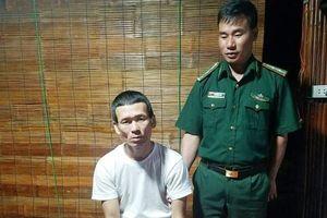Quảng Trị: Bắt đối tượng cất giấu 740 viên ma túy tổng hợp trong ống quần