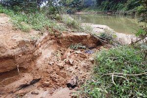 Chính quyền bất lực trước nạn khai thác cát trái phép