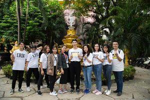 Mừng tuổi 21, Erik cùng fan đi từ thiện 3 miền Bắc - Trung - Nam