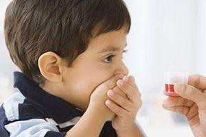 Tác hại khi tự ý dùng và điều chỉnh liều kháng sinh cho trẻ