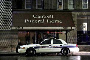 Phát hiện 11 thi thể trẻ sơ sinh bị giấu trên trần nhà tang lễ tại Mỹ