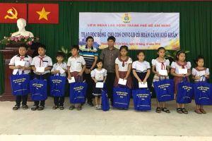 Động viên con em người lao động giữ rừng ở huyện Cần Giờ