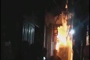 Hé lộ nguyên nhân con rể tưới xăng đốt nhà bố vợ ở Hà Nội
