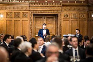 Chàng trai Việt được đặc cách nhập tịch Hungary