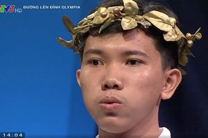 Nam sinh Lê Hồng Phong chiến thắng cuộc thi tuần Olympia nghẹt thở