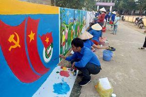 Hút mắt với 'con đường bích họa' ở huyện miền núi Nghệ An