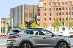 Hàng 'hot' Hyundai Tucson 2019 có đáng để xuống tiền?
