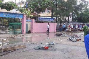 Long An: Điện giật trước cổng trường, 6 học sinh thương vong