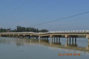 Bao giờ mới xây cầu Hà Tân?